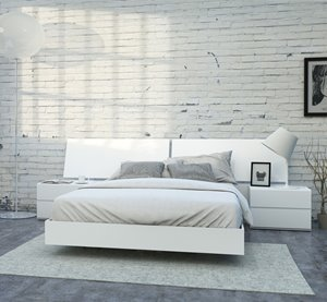 District Queen Bedroom Set - 4 Pieces - White
