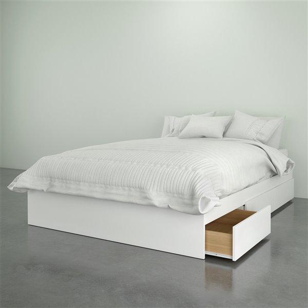 Nexera White 3 Drawer 76-in x 56-in Full Size Bed