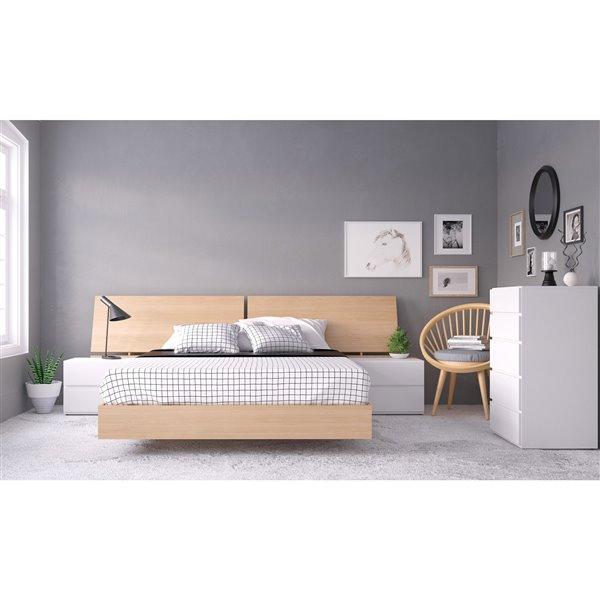 Nexera Maple 81.75-in x 61.25-in Queen Size Platform Bed