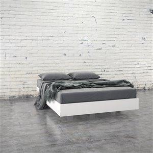 Nexera White 76-in x 55.25-in Full Size Platform Bed