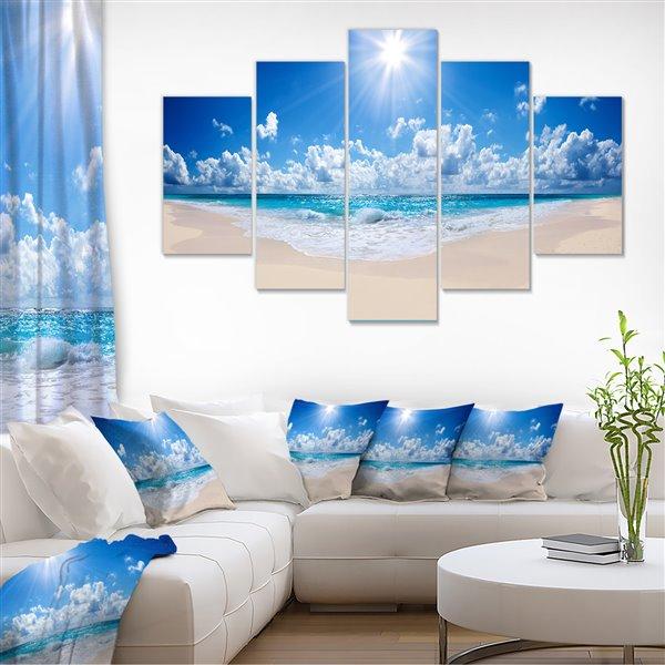 Designart Canada Tropical Beach Canvas Print 32-in x 60-in 5 Panel Wall Art