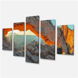 Designart Canada Canyon Mesa Arch Canvas Paint 32-in x 60-in 5 Panel Wall Art