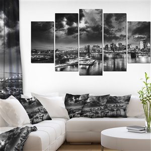Designart Canada Night in New York City Canvas 32-in x 60-in 5 Panel Wall Art