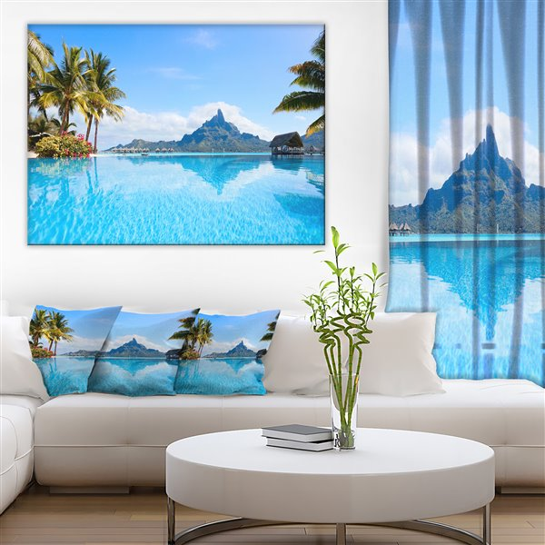 Designart Canada Bora Bora 40-in x 30-in Canvas Print Wall Art