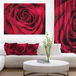 Designart Canada Red Rose 30-in x 40-in Canvas Wall Art