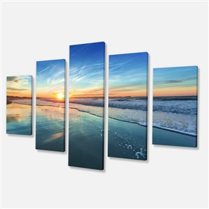 Designart Canada Blue sunset 60-in x 32-in 5 Panel Canvas Print Wall Art