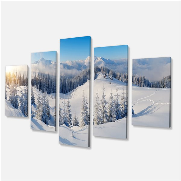 Designart Canada White Mountain 32-in x 60-in Canvas Print 5 Panel Wall Art