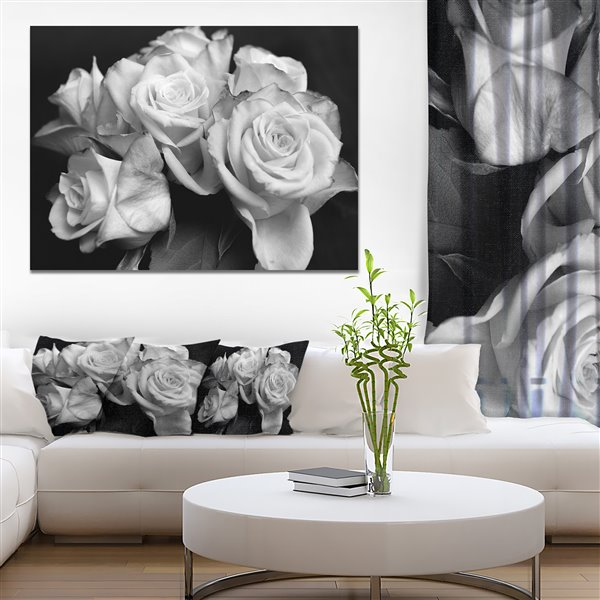 Designart Canada Bunch of Roses Black and White 30-in x 40-in Canvas Print Wall Art