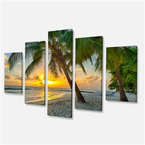 Designart Canada Beach in Barbados 60-in x 32-in 5 Panel Artwork
