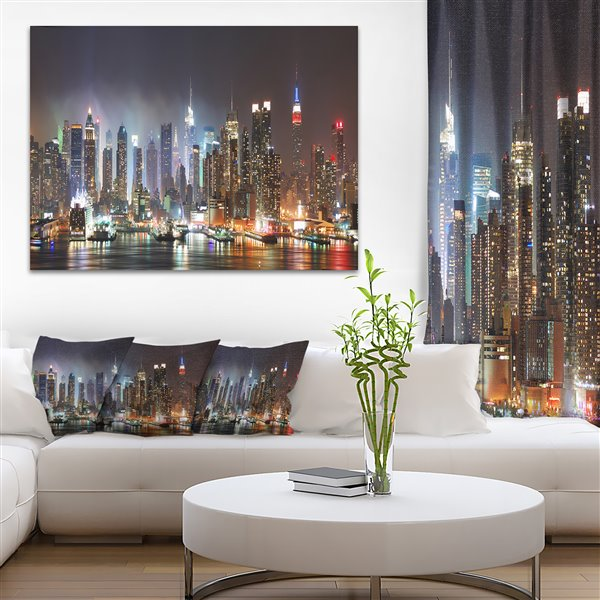 Designart Canada Lit New York City Manhattan Skyline30-in x 40-in Canvas Wall Art