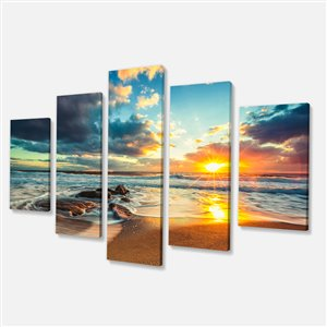 Beautiful Cloudscape Over The Sea 60-in x 32-in 5 Panel Wall Art