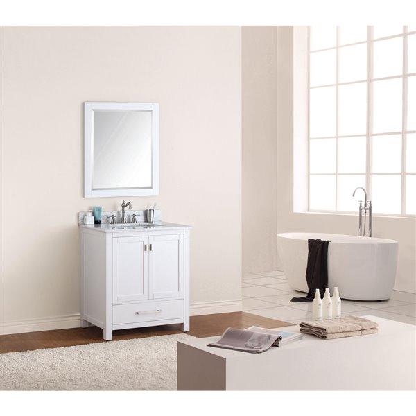 "Meuble-lavabo et comptoir Modero de Avanity, 31"", blanc"