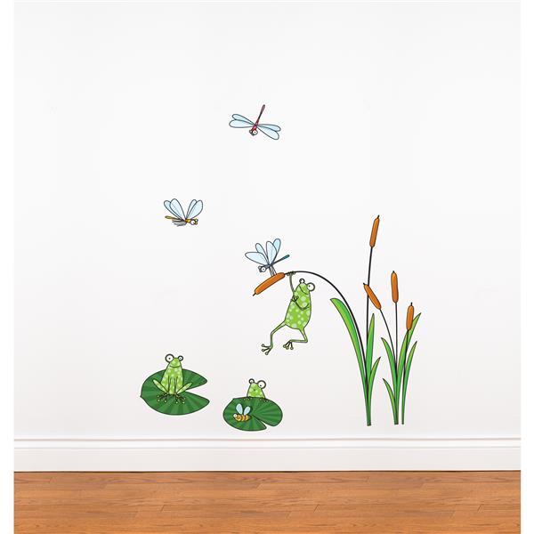 ADzif Frogs 2.9-in x 3.4-in Wall Decal for Kids