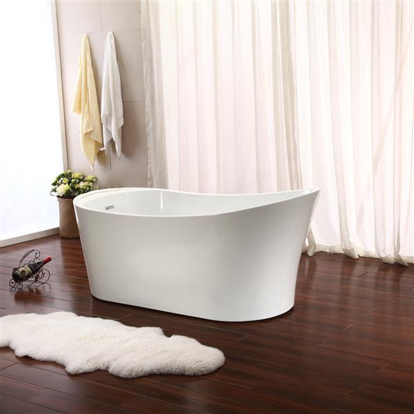 Jade Bath Illinois 67-in White One Piece Freestanding Tub