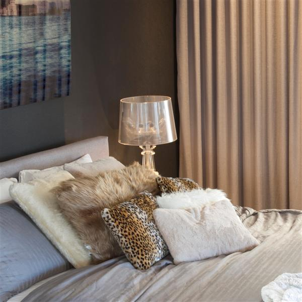 Luxe Belton 18 In Square Tan Faux Fur Pillows 2 Pack 676685041067 Rona