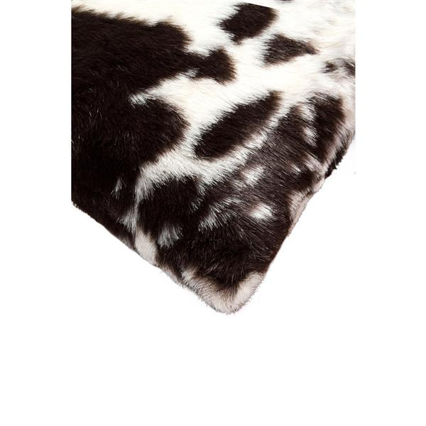 Luxe Belton 18-in Square Brown and White Belton Faux Fur Pillows (2 Pack)