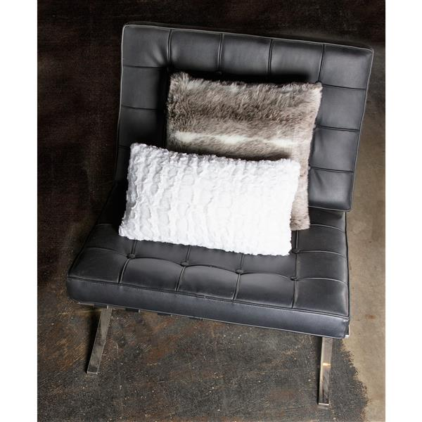 Luxe Belton 12-in x 20-in Ivory Faux Fur Pillows (2 Pack)