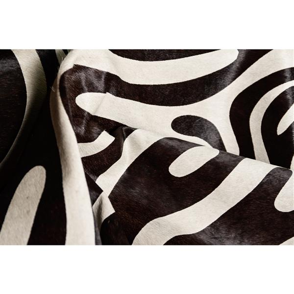 Natural by Lifestyle Brands 6' x 7' Zebra/Off-White Togo Cowhide Rug