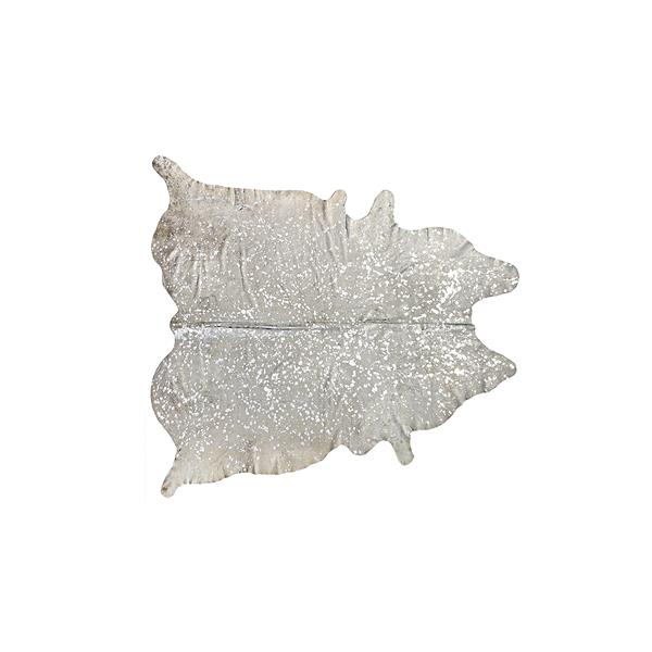 Natural by Lifestyle Brands Scotland Cowhide 6-ft x 7-ft Grey/Silver Area Rug