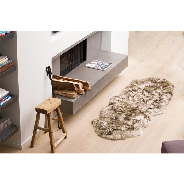 Natural by Lifestyle Brands 2-ft x 6-ft Chocolte New Zealand Double Sheepskin Rug