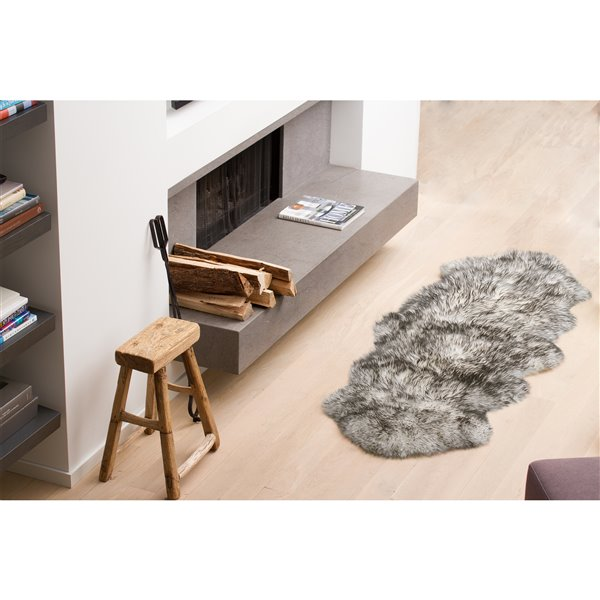 Natural by Lifestyle Brands 2-ft x 6-ft Gradient Grey New Zealand Double Sheepskin Rug