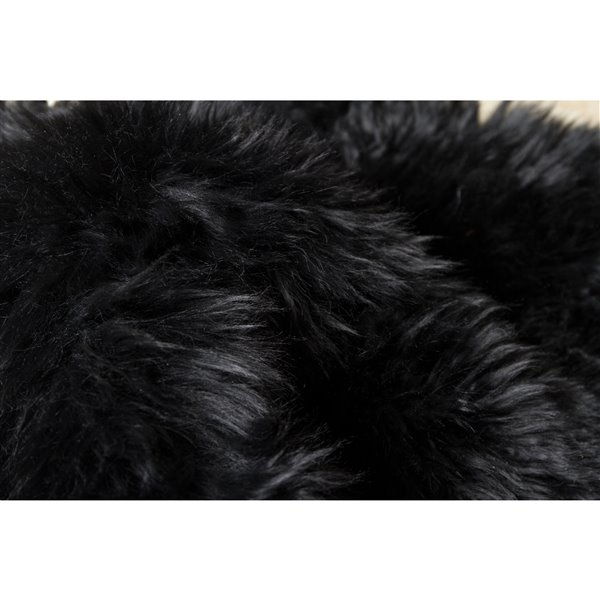 Natural by Lifestyle Brands 2-ft x 6-ft Black New Zealand Double Sheepskin Rug