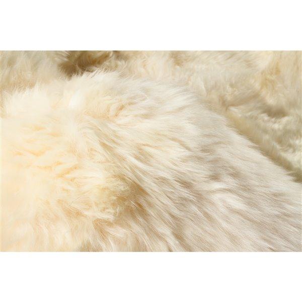 Tapis en peau de mouton ,2'x 3', or
