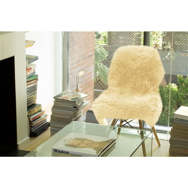 Natural by Lifestyle Brands 2-ft x 3-ft Gold New Zealand Single Sheepskin Rug