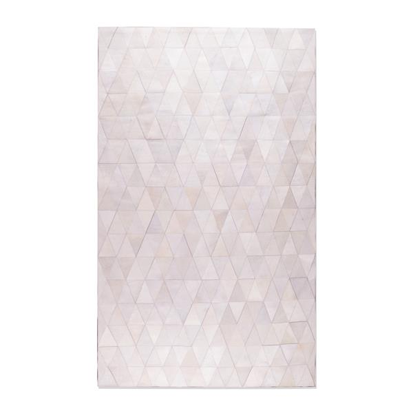 Natural by Lifestyle Brands 5-ft x 8-ft Cream Mosiak Natural Stitched Cowhide Rug