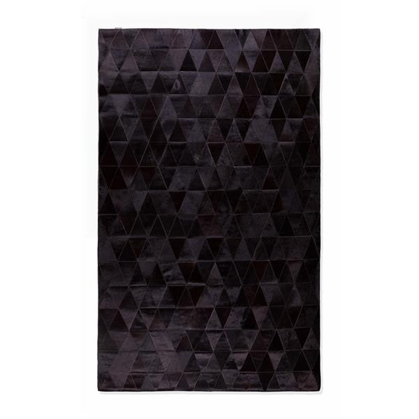 Natural by Lifestyle Brands 5-ft x 8-ft Black Mosiak Natural Stitched Cowhide Rug