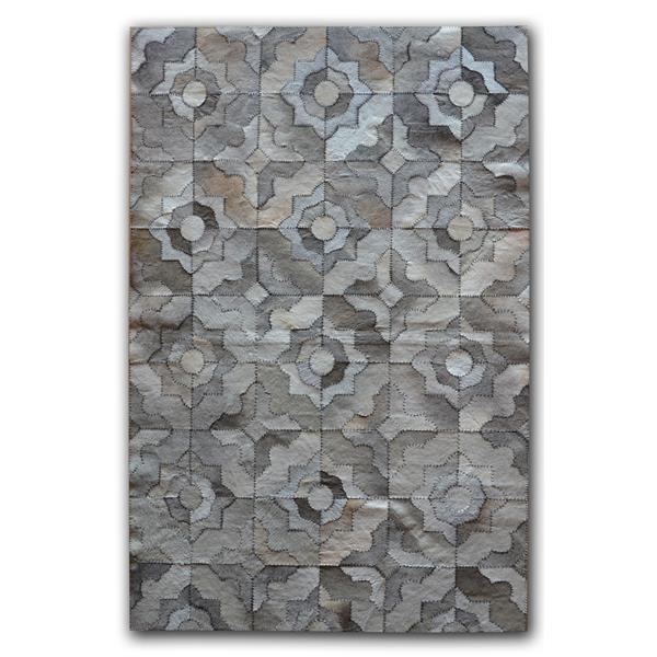 Natural by Lifestyle Brands Natural Stitch hide 5-ft x 8-ft Marrakeche Gray Area Rug