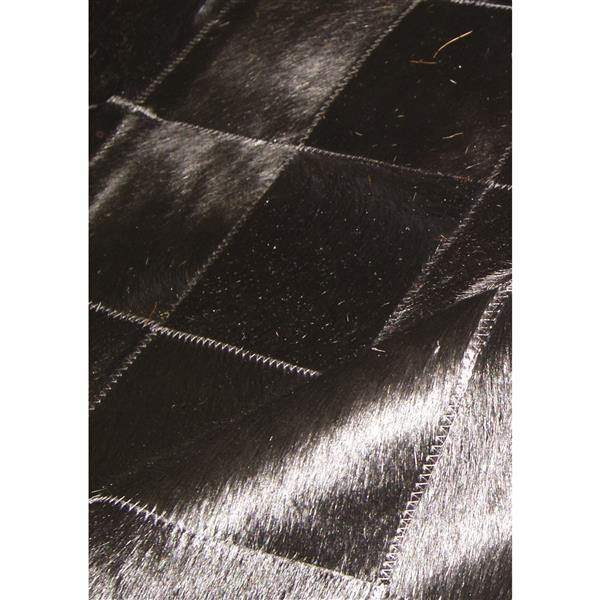 Natural by Lifestyle Brands 5-Ft x 8-Ft Black Barcelona Cowhide Rug