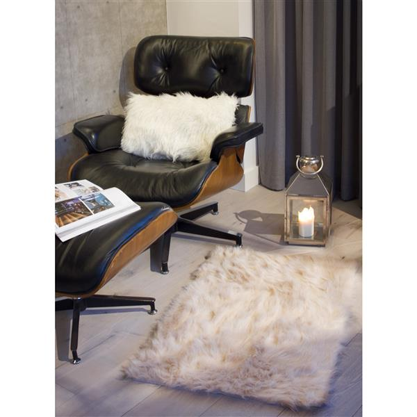 LUXE Hudson Faux Sheepskin 2-ft x 3-ft Taupe Indoor Area Rug