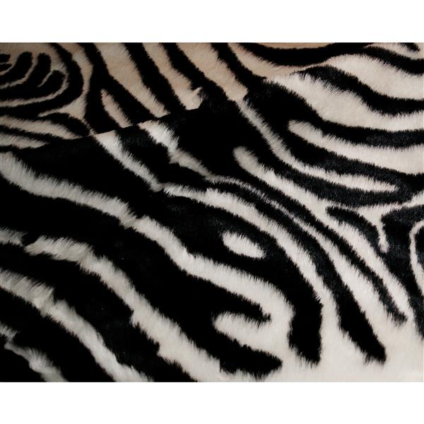 LUXE Faux Hide 4-ft x 5-ft Black & White Zebra Indoor Area Rug