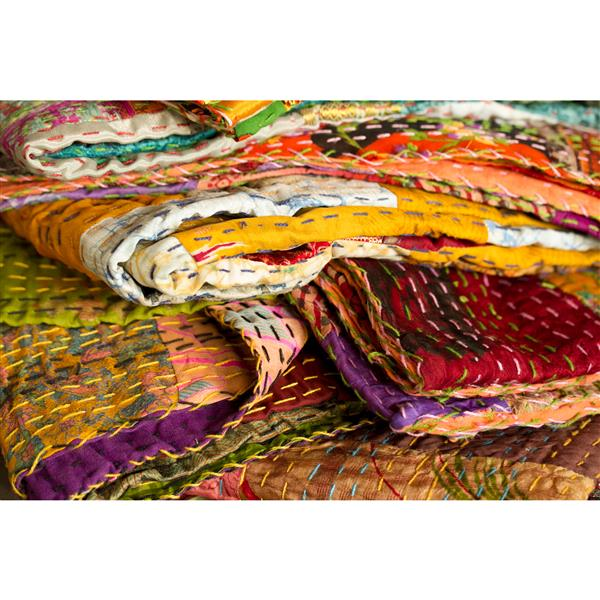 Natural by Lifestyle Brands Kantha 50-in x 70-in 30002 Silk Throw