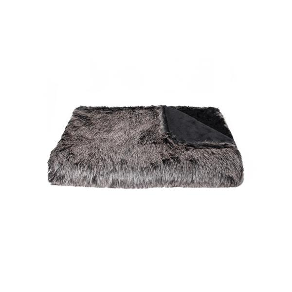 LUXE Modern Traditional 50-in x 70-in Wolf Faux Fur Throw