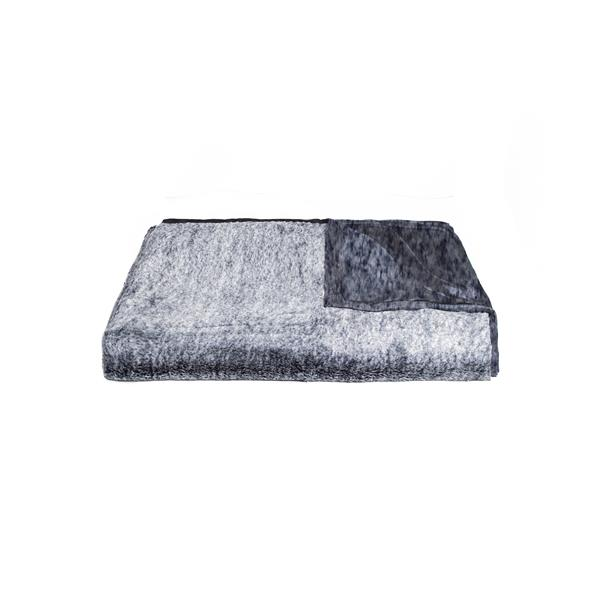 LUXE Modern Traditional 50-in x 70-in Gray Mix Faux Fur Throw