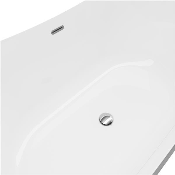 A&E Bath & Shower Tundra Freestanding Bathtub - 66-in - Silver