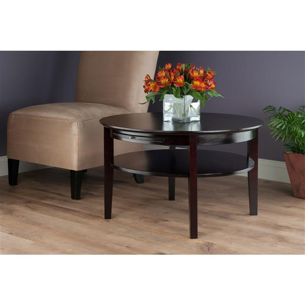 Winsome Wood Amelia 40-in x 18.11-in Chocolate Brown Finish Round Coffee Table