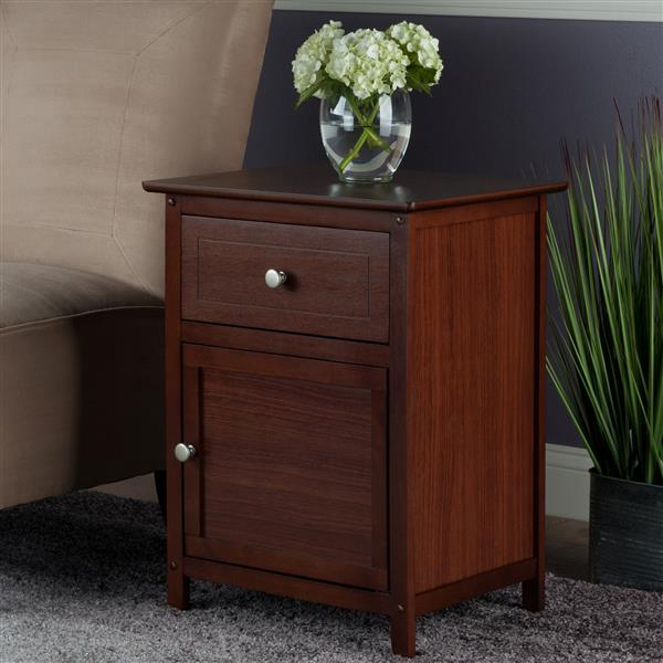 Winsome Wood Eugene 18.9-in x 14.9-in x 25-in Walnut Wood Table