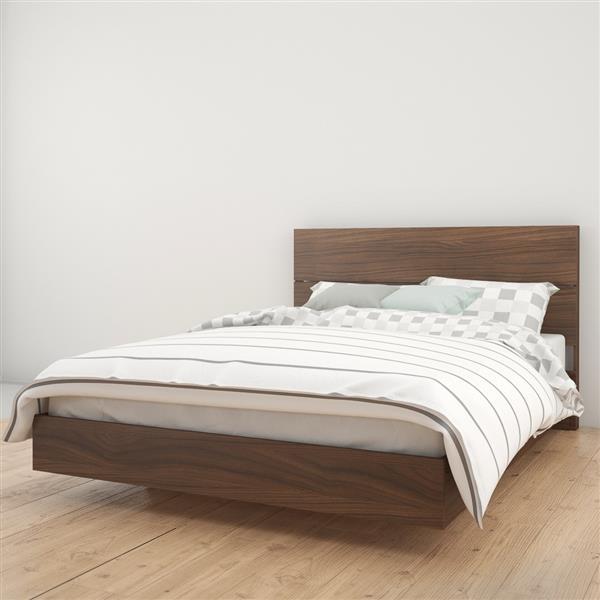Ens. de chambre à coucher Nexera grand lit, 2 mcx, noyer