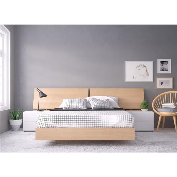 Nexera Fiji 4 Piece Maple and White Queen Bedroom Set