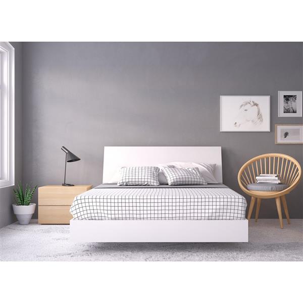Nexera Esker 3 Piece White Queen Bedroom Set