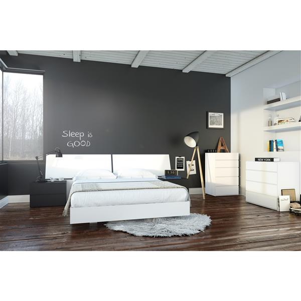 Nexera Melrose 6 Piece Black and White Queen Bedroom Set