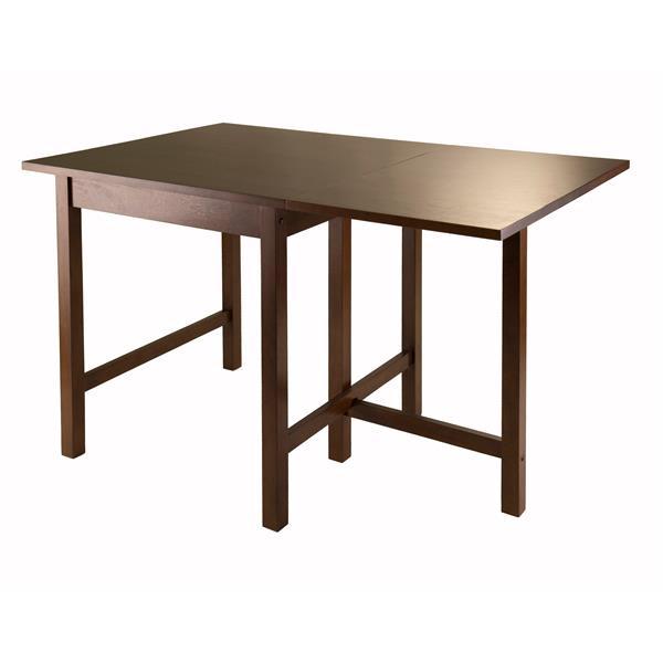 Winsome Wood Lynden 29.92-in x 29.53-in Walnut Wood Drop Leaf Table