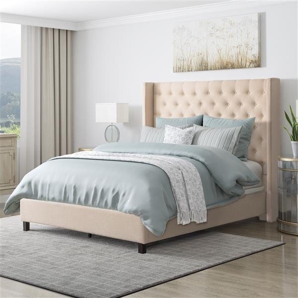 Très grand lit en tissu avec tête de lit capitonnée, crème