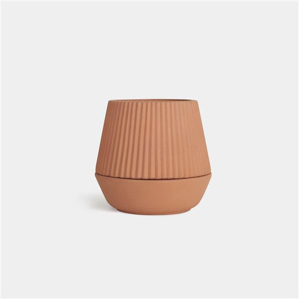 Umbra 6.25-in x 6.7-in x 6.7-in Earthenware Brown Pleated Planter