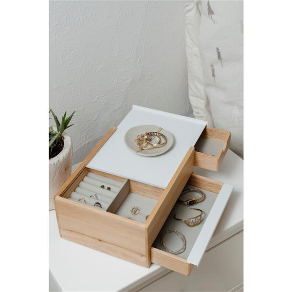 Umbra Stowit 4.45-in x 6.10-in x 6.75-in Natural Jewelry Box