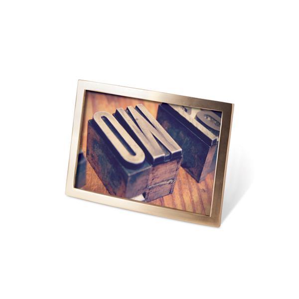 Umbra Senza 4 x 6 Matte Brass Photo Display