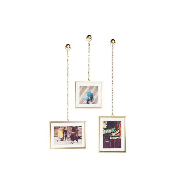 Umbra Matte Brass Fotochain Photo Display